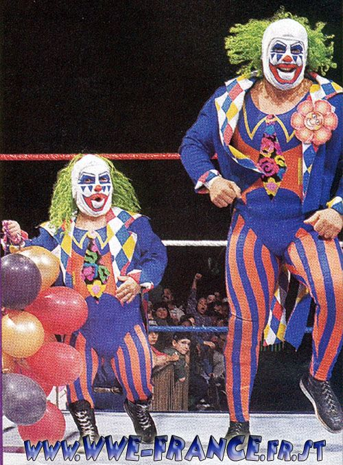 PROFESSIONAL WRESTLING CLOWNS! : Mess