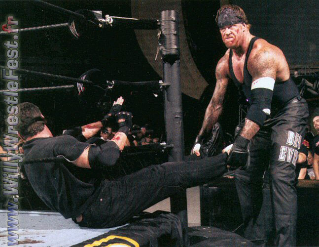 Survivor_Series_2003_-_Undertaker_Vs_McM